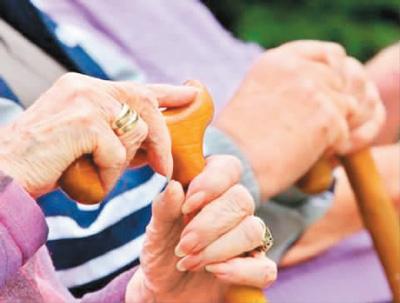 读者来信讲述养老故事:改变我们的养老观念