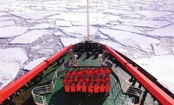 中国南极新建站大型工程装备运上恩克斯堡岛