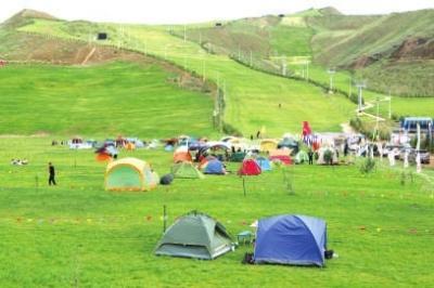 皋兰县举办首届帐篷节