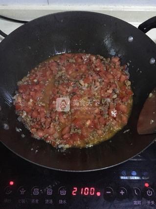 番茄碎肉意大利面的做法步骤:10