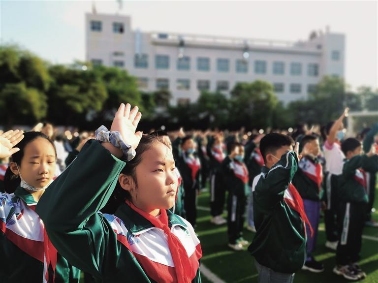 七里河区各小学入校仪式感满满