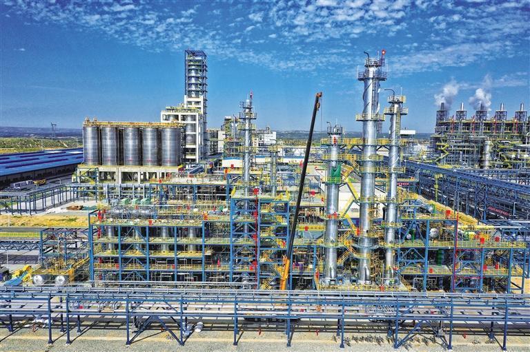 兰石化长庆乙烷制乙烯项目正式投料生产
