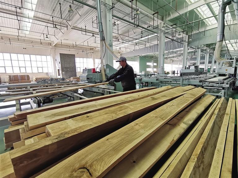 新区各企业及在建项目加速复工复产